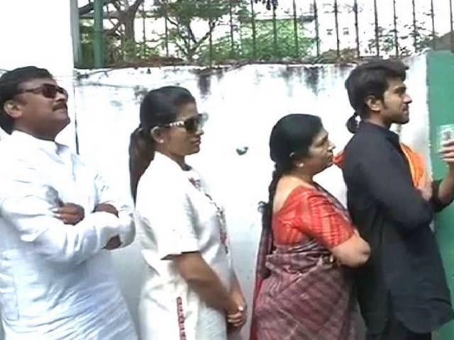 Chiranjeevi breaks queue, left embarrassed by a voter