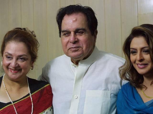 हैपी बर्थडे: 'ट्रेजडी किंग' दिलीप कुमार की कुछ अनदेखी तस्वीरें