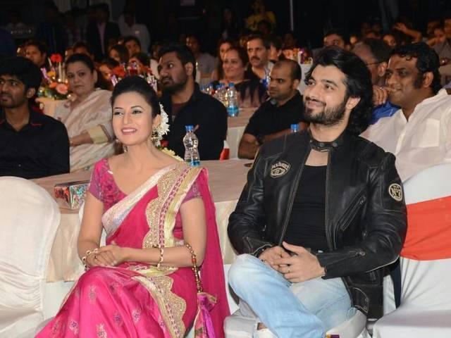 सास, बहू और साजिश के टेलीब्रेशन अवार्ड्स में पहुंचे बॉलीवुड, टीवी के सितारे