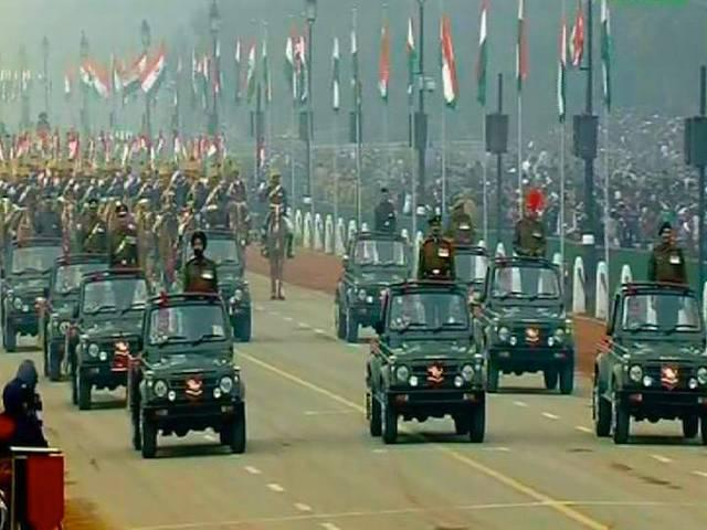 राजपथ पर दिखी भारत की संस्कृति और ताकत की झलक, सेना के करतब ने मनमोह लिया