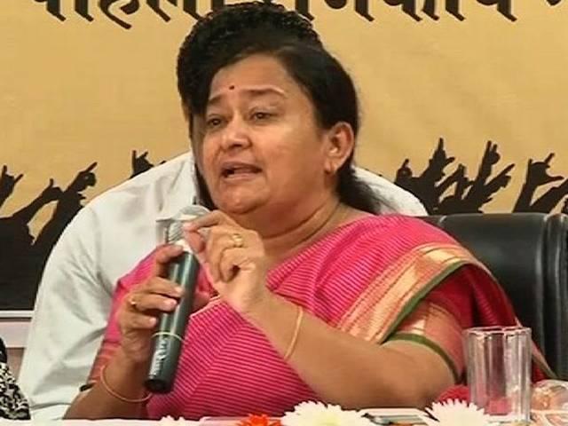 महिला सुरक्षा को लेकर महाराष्ट्र महिला आयोग की सदस्य का विवादास्पद बयान, बलात्कार के लिए महिलाओं को ही ठहरा दिया जिम्मेदार, माफी मांगी