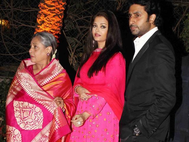अहाना की शादी: झूमा पूरा बॉलीवुड, पर नहीं दिखे भाई सनी और बाबी देओल