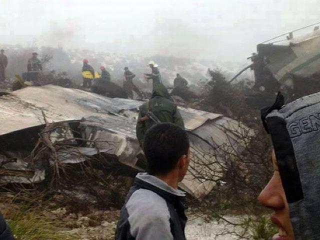 पूर्वी अल्जीरिया में एक सैनिक प्लेन क्रैश, 100 से ज्यादा लोगों की मौत