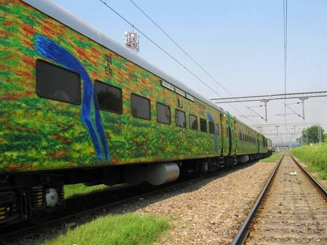 जानें किन किन रुटों पर चलेंगी नई ट्रेनें, क्या आपका भी इलाका है इनमें शामिल
