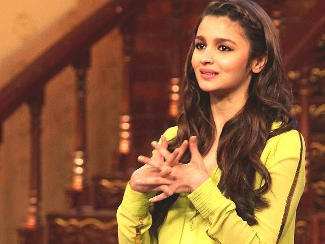 महेश भट्ट के नक्शे कदम पर आलिया, मर्डर जैसी फिल्म में करना चाहती हैं काम