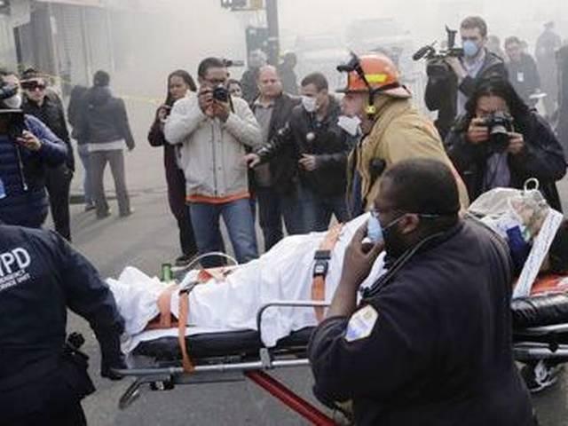 न्यूयार्क में इमारत ढहने से 4 की मौत, 63 घायल