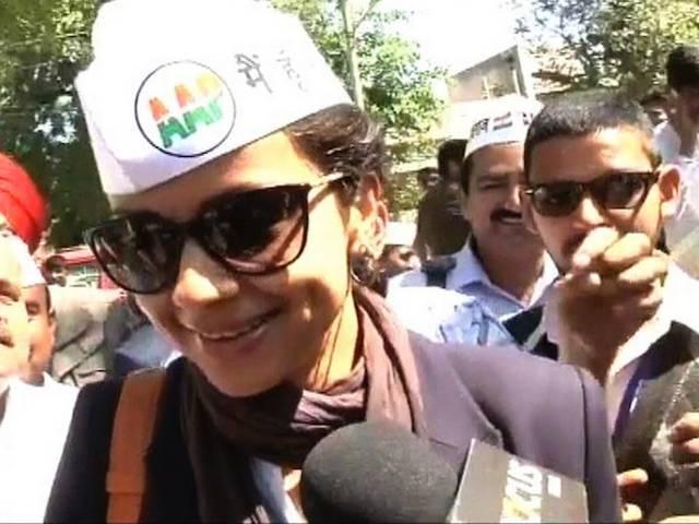 आप की टोपी में गुल पनाग, चंडीगढ़ से आजमाएंगी किस्मत
