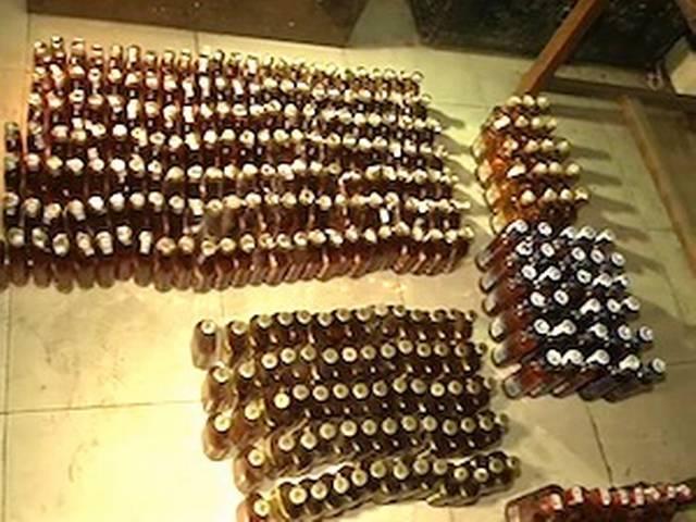 चुनाव से पहले दिल्ली पुलिस ने जब्त की अवैध शराब की 5,000 बोतलें