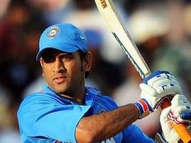 '2015 विश्व-कप में भी धोनी ही हों टीम इंडिया के कप्तान'