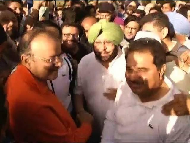 ABP LIVE: 'कांग्रेस के राज में 700 दंगे हुए'