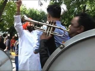 मोदी की जीत पर बीजेपी का जश्न