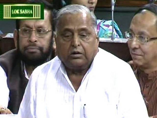 मोदी बताएं कब पाक अधिकृत कश्मीर को छीनकर भारत में शामिल करेंगे: मुलायम