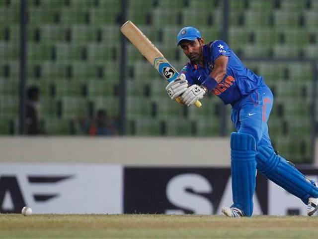 पहले वनडे में भारत ने बांग्लादेश को सात विकेट से हराया