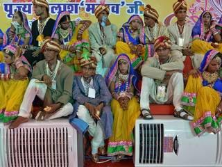 दिल्ली में कुछ यूं हुआ एक विशेष सामूहिक विवाह का आयोजन