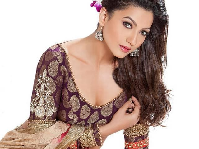 'इंडियाज रॉ स्टार' के साथ ही टीवी होस्ट बनेंगी गौहर खान