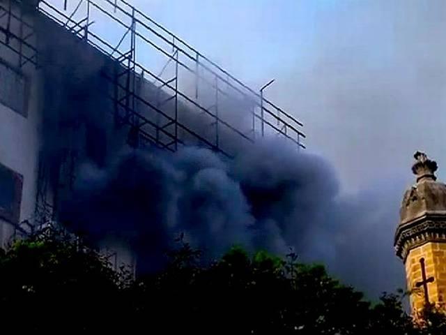 mumbai_cst_fire