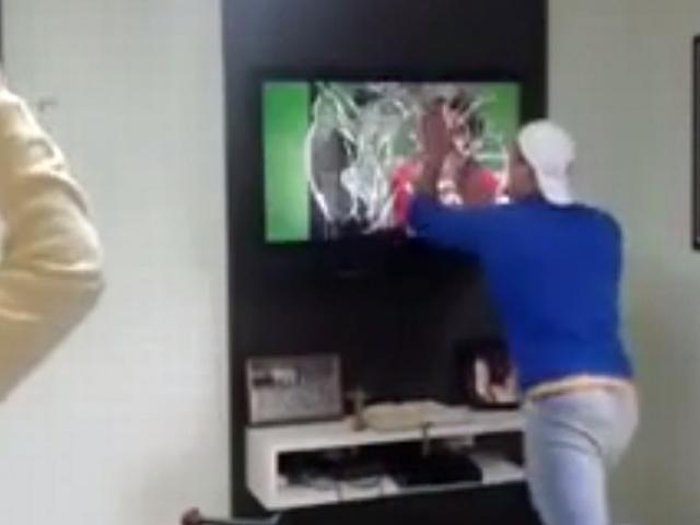 brazil fans_broken tv