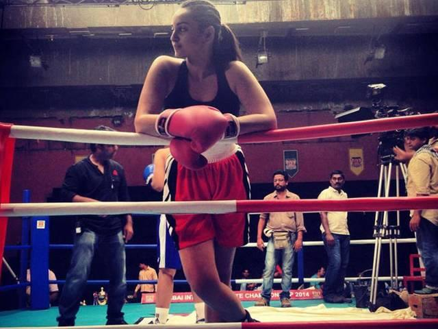 bollywood_actress_buy_frenchise_kabaddi_team