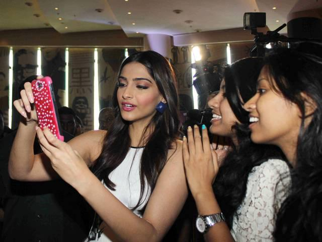 khoobsurat_trailar launch_sonam kapoor