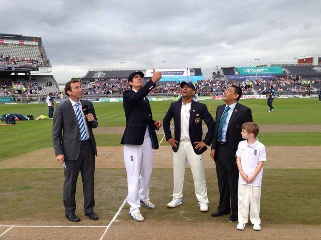 dhoni_cricket_live match
