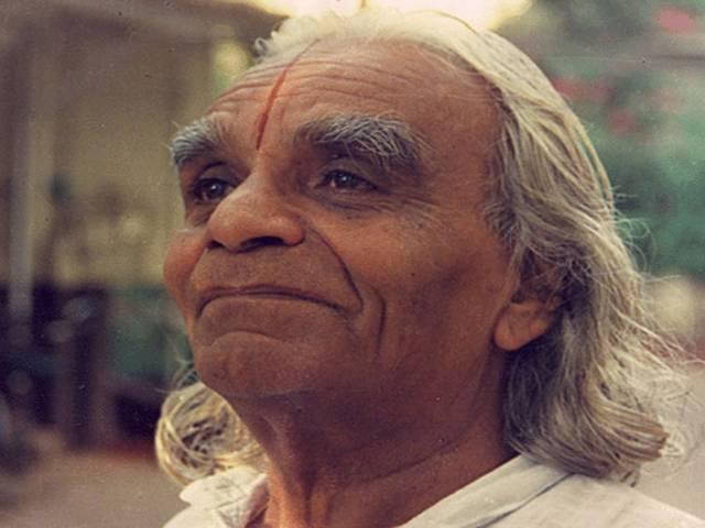 Yog Guru BKS Iyenger dies at pune hospital