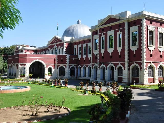 Jharkhand High court stays the decision of decreasing seats in Jharkhand medical college