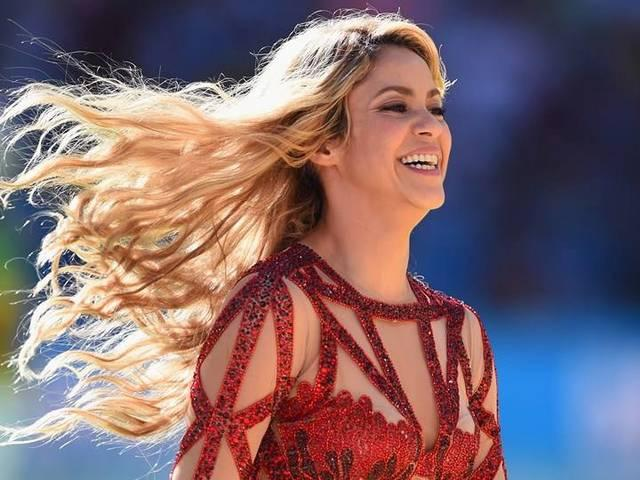 Shakira bids thanks to her fans for pregnancy related greetings
