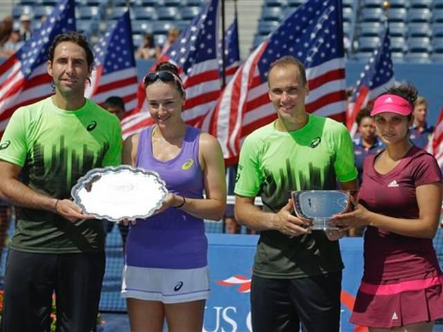 SPORTS–Sania wins US Open with Bruno Soares