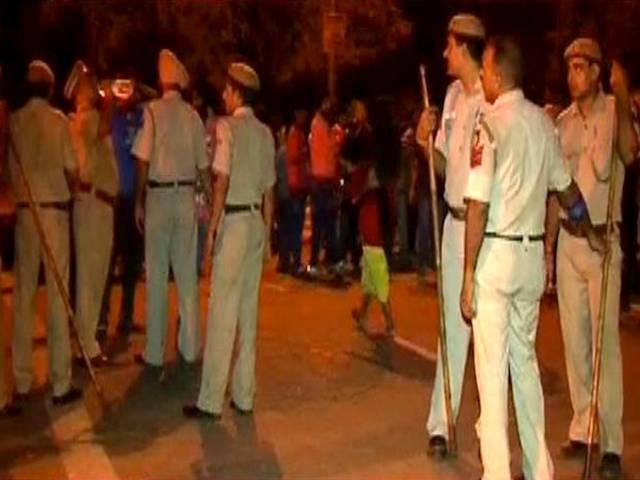 Delhi: Acid Attack  on auto driver