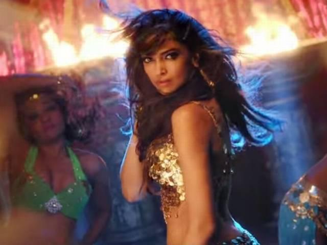 Steamy & Sexy Deepika In Happy New Year's 'Lovely' Song