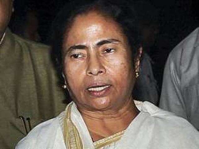 पेट्रोल के दाम बढ़ने पर ममता ने जताई नाराजगी