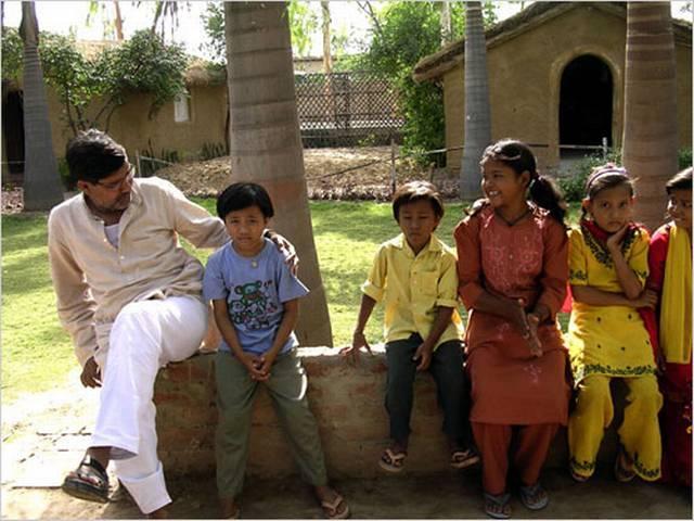 Satyarthi 5th Indian citizen to win Nobel