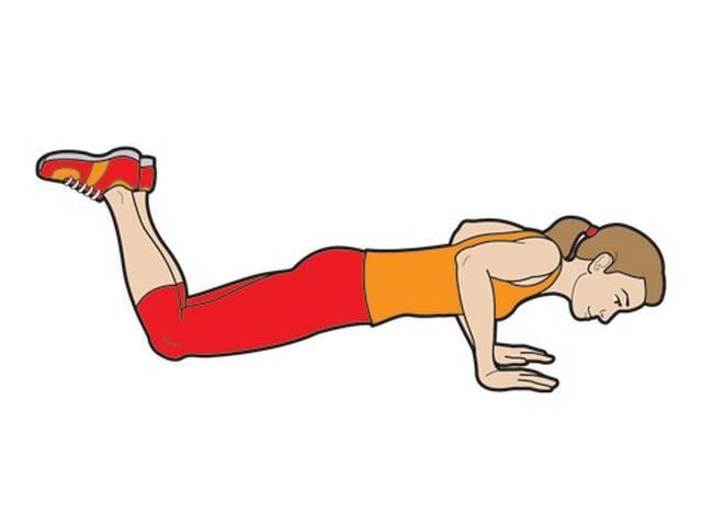 at the age of 81 a lady do 100 pushup