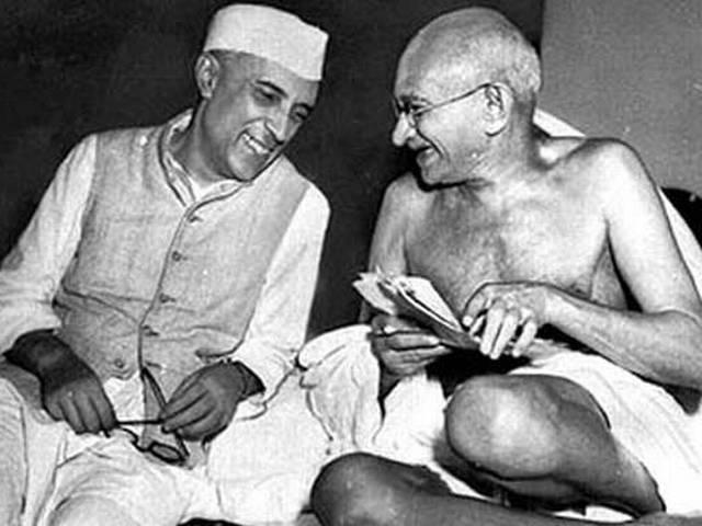 RSS mouthpiece suggests Godse chose wrong target – Gandhi instead of Nehru