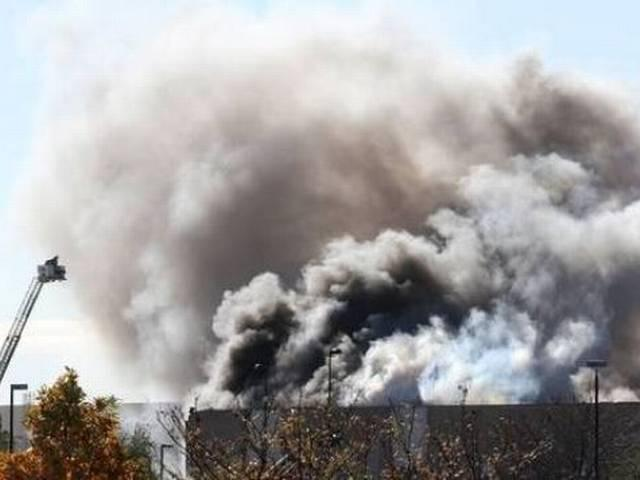 America_Plane Crashes to a Building