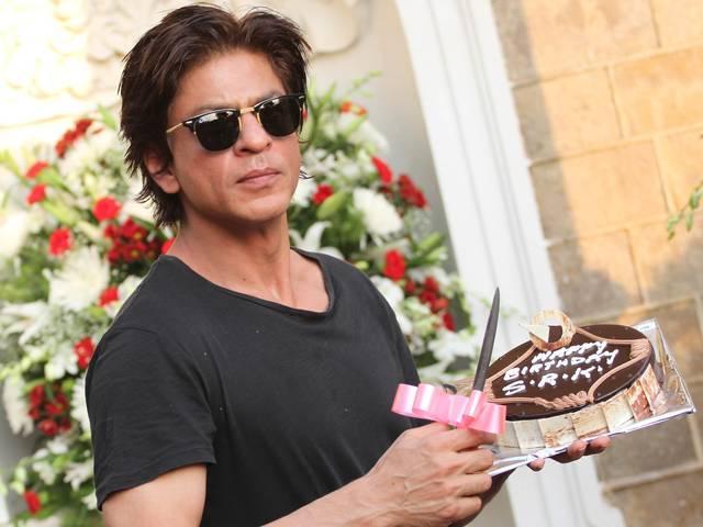 shahrukh celebrated birthday