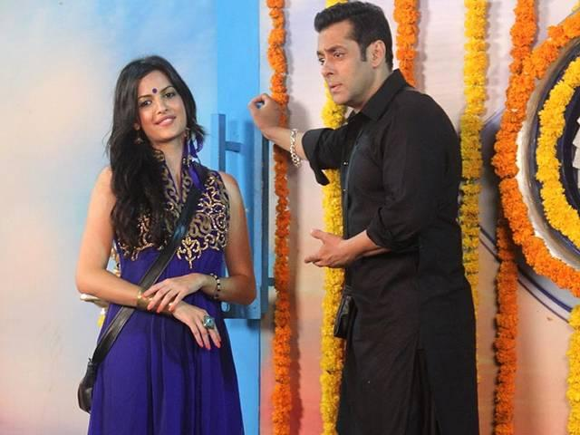 Natasa is happy to meet her boyfriend after eliminating from BIgg Boss
