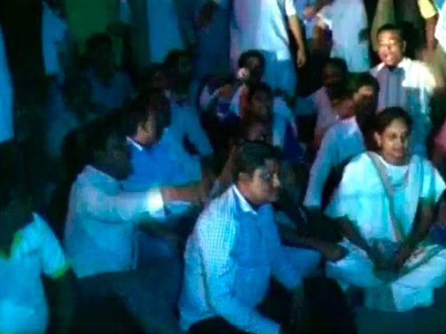8 people died in a Sterilisation Camp in Chhattisgarh.