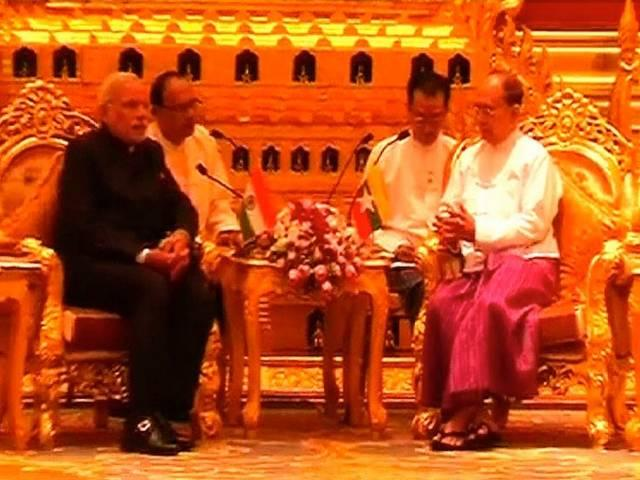 Talk between Modi and President of Myanmar Thein Sein