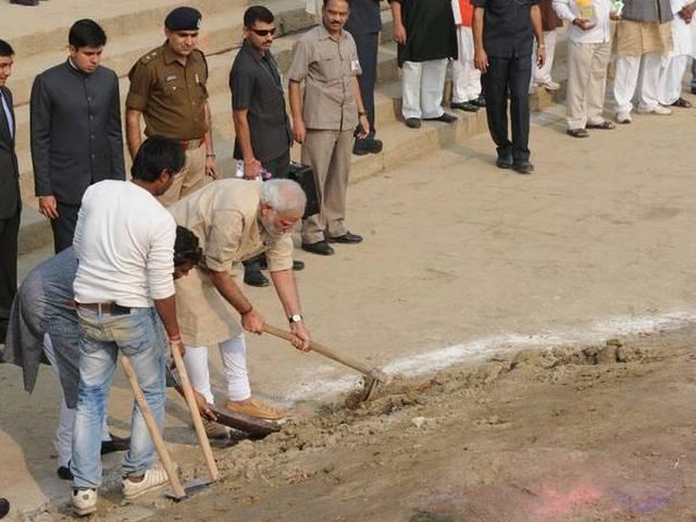 UP forest Department breaks PM Modi clean campaign on Assi Ghat