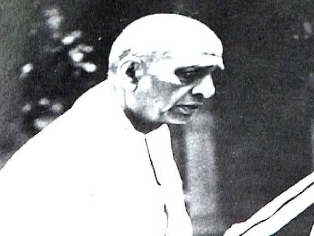 What were Nehru Wrong Decisions?