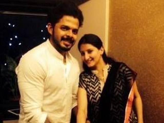 pooja bhatt signs s sreesanth for her upcoming film cabaret