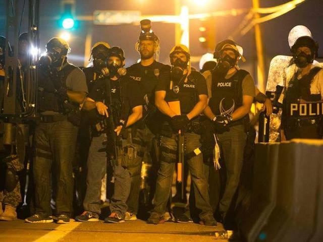 Ferguson protests spread toamerican embassy