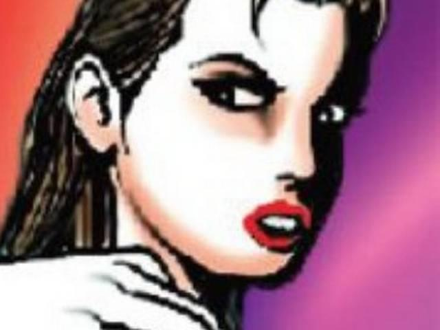 rpf constable allegedly molests female passenger in train