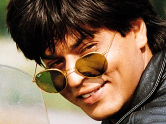 I am a very friendly father, says SRK