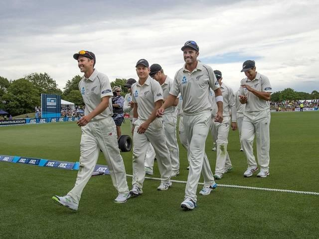 New Zealand beats Sri Lanka by eight wickets in first Test in Christchurch