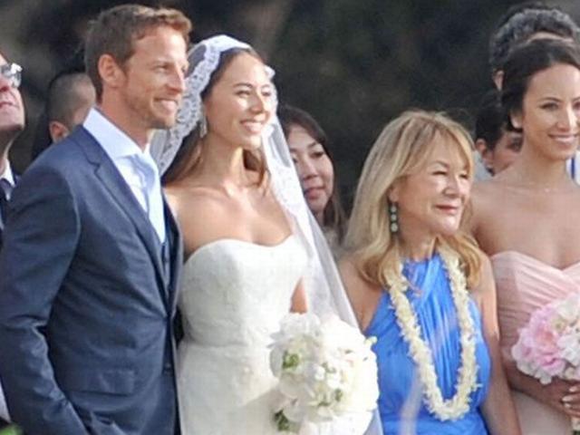 Jenson Button marries supermodel Jessica Michibata