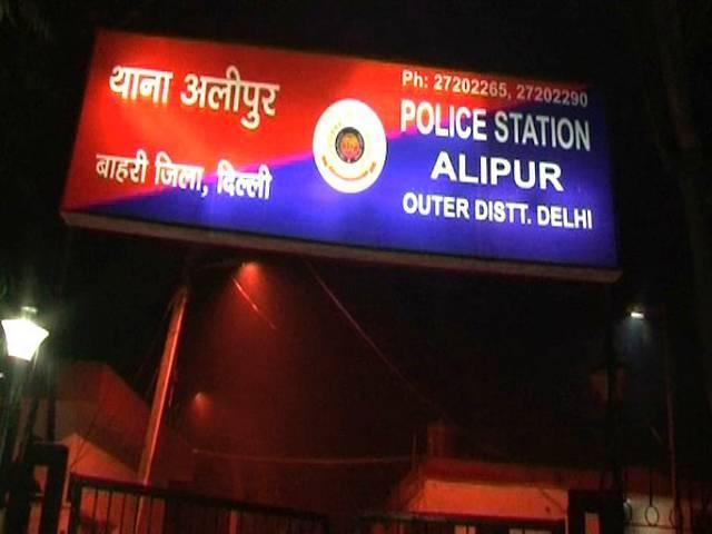 Delhi_police_constable_shoot_dead