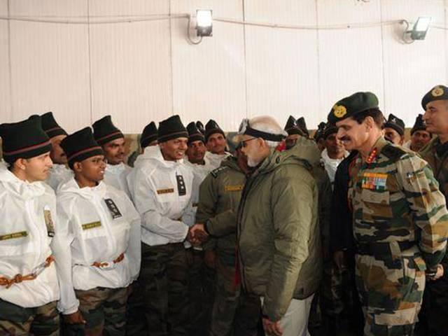 army donates more than 100 crore in pm relief fund