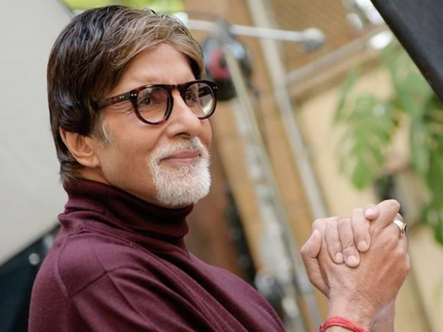 amitabh_bachhan_finger_got_hurt